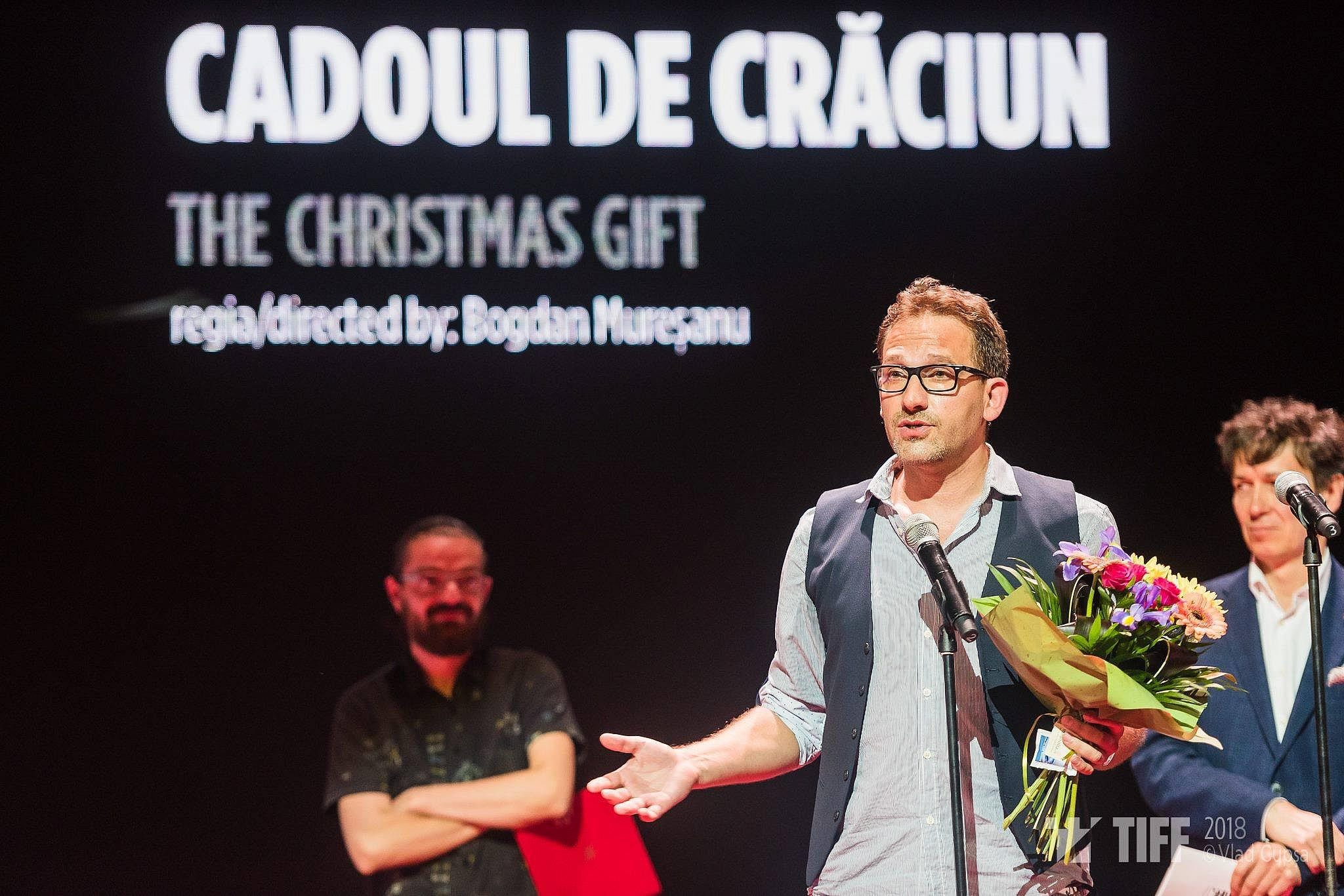 bogdan_muresanu_by_the_christmas_gift_cadoul_de_craciun_fb